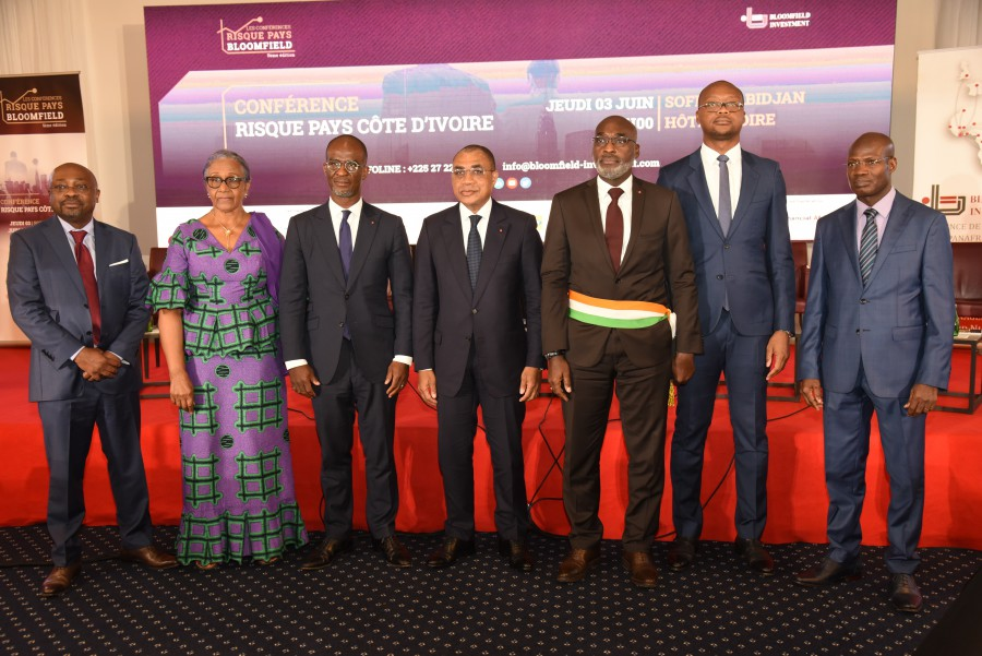 M. Ahmadou Bakayoko, Directeur Général de la CIE et de la SODECI, a pris part à la 5ème Conférence Risque Pays Côte d'Ivoire