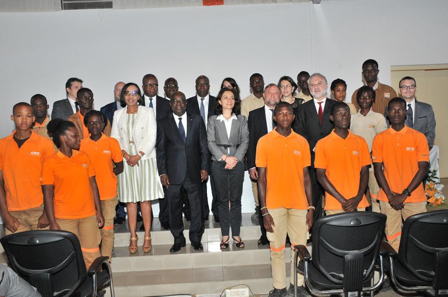 Côte d'Ivoire: le Centre des métiers de l'électricité, une «réussite exemplaire» (Secrétaire d'Etat Français)