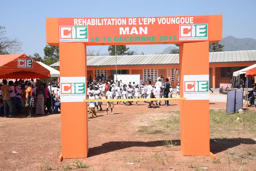 Man / éducation - La Cie réhabilite l'école primaire de Voungoué